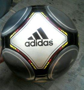 Мяч Адидас (оригинальный мяч Адидас