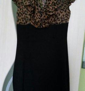 Платье в идеальном состоянии (42-44)