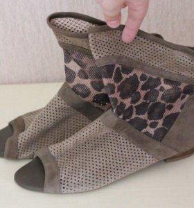 Летние ботинки TORRINI