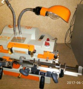 Станок Wenxing 100-G для изготовления ключей