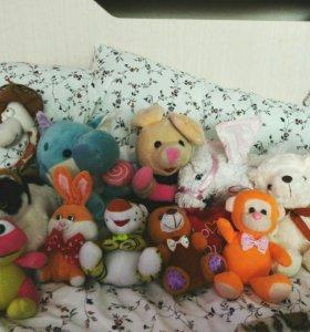 Набор маленьких мягких игрушек