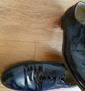 Туфли лаковые темно синие