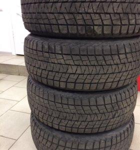 Bridgestone Blizzak DM V1 225/55 R18