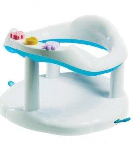 Круг и сиденье для купания малышей