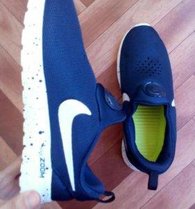 Новые женские кросы
