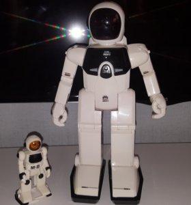 Робот програмированый МАКСИБОТ