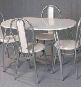 Стол +4 стула.