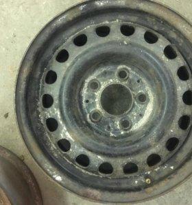 диск колесный штампованный , 15