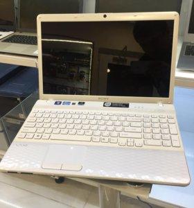 Красивый белый Sony i3