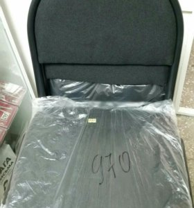 Стул новый и кресло