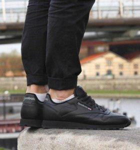 Кроссовки новые Adidas бесплатная доставка 11