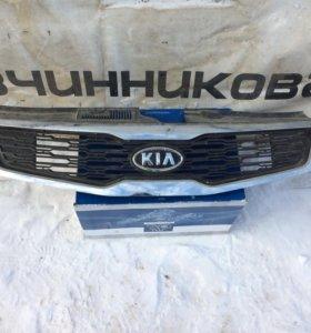 Решетка радиатора Kia Ceed до 2012