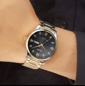 Часы Binssaw. Сапфировое стекло. Литой браслет