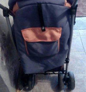 Продам детскую коляску срочно.