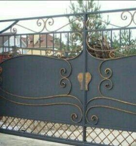 Ворота с элементами художественной ковки.