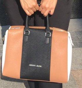 Большая вместительная сумка Armani Jeans оригинал