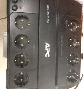 Back UPS ES700