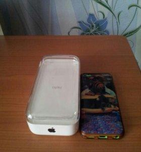 Айфон 5с на 8 гиг.