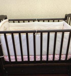 Дет кроватка б/у укомплектована матрас бортики бел