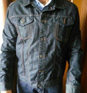 Мужская джинсовая куртка фирмы mexx