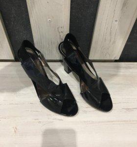 Туфли босоножки кожа лакированная 37