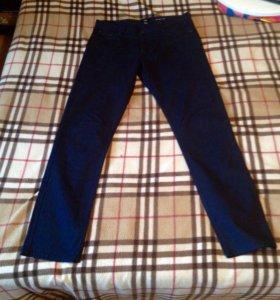 """Мужские джинсы """"H&M""""темно-синего цвета"""