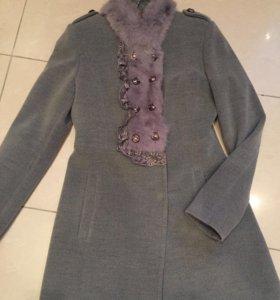 Пальто кашемировое с кроликом