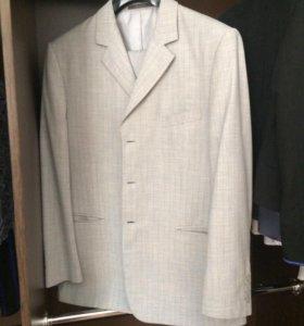 Мужской костюм пеплос в идеале 52-54
