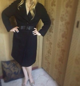 Пальто чёрное Massimo Dutti