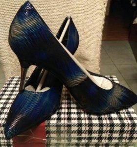 Туфли женские 39р, новые