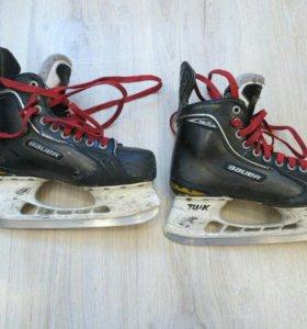 Хоккейные коньки Bauer one 100 размер 39
