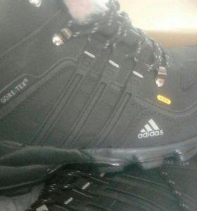 Кроссы зима adidas terrex44р