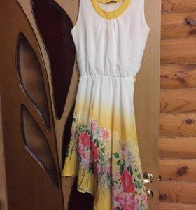 Белое платье S