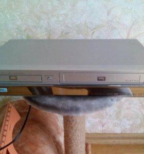 ДВД плеер LG DC489