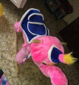 Розовый слон качалка