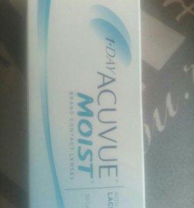 Контактные линзы Acuvue Moist