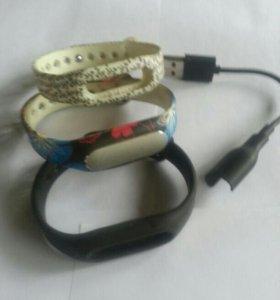 фитнес браслет с зарядкой и запасными браслетами