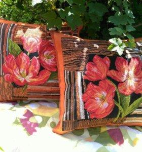 Комплект подушек «Тюльпаны».