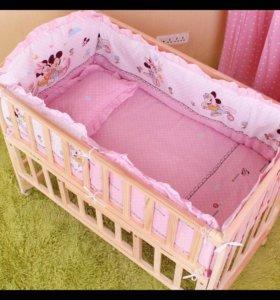 Новый комплект в детскую кроватку 5 шт