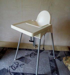 Высокий стул для кормления
