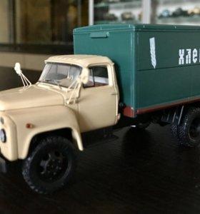 Хлебный фургон ГЗСА-3704 на шасси ГАЗ 52-01. DIP
