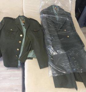 Военная форма ( шинель , пиджак , брюки , рубашки