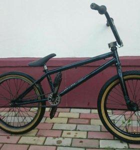 Велосипед BMX VERSUS