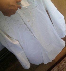 Белая удлиненная рубашка