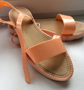 Босоножки, цвет персиковый