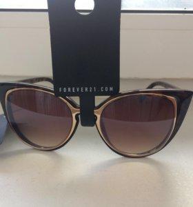 Солнцезащитные очки forever21