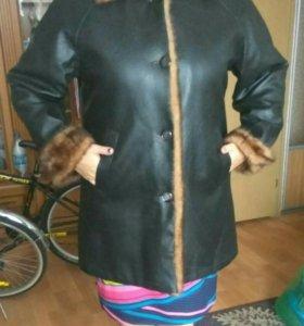 Пальто, кожзам. 56 размер