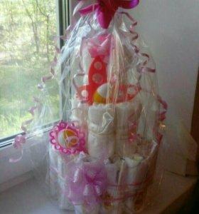 Торт из памперсов на выписку девочки)