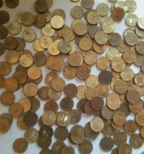 Монеты по 10 рублей разного года
