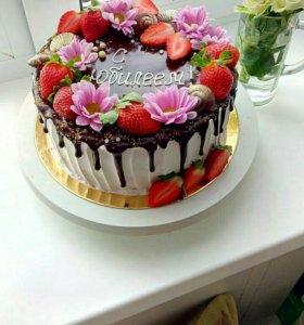 Торты, пироги, сладкие подарочные наборы